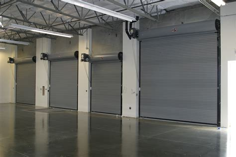 Overhead Door Carrollton Tx Commercial Roll Up Overhead Garage 13 Chi Model 3295 Commercial Aluminum View With Clear Glass