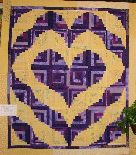 pattern for log cabin heart quilt log cabin quilt patterns a collection of ideas to try