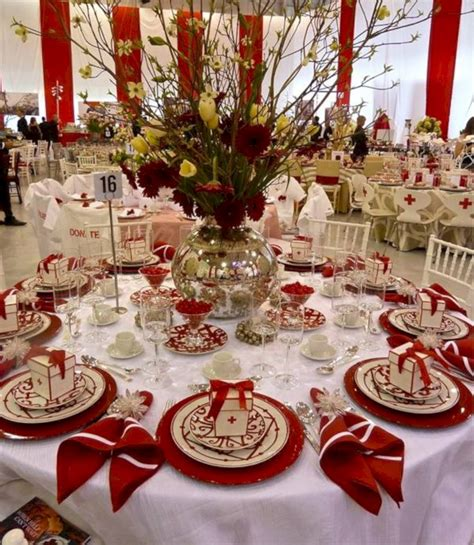 christmas table settings ideas 43 loveable christmas table settings ideas trendecor co