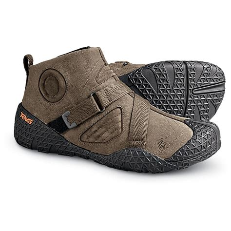 teva boots mens s teva 174 mimmik boots brown 120574 casual shoes at