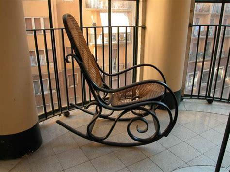 sedie tipo thonet sedia poltrona a dondolo tipo thonet a roma kijiji