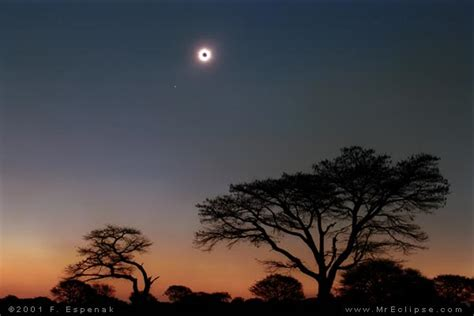 Landscape Photography During Total Solar Eclipse What S It Like To See A Total Solar Eclipse Astronomy