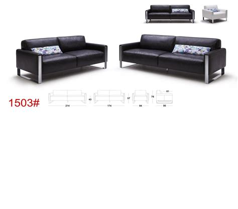 modern black leather sofas dreamfurniture modern black leather sofa set