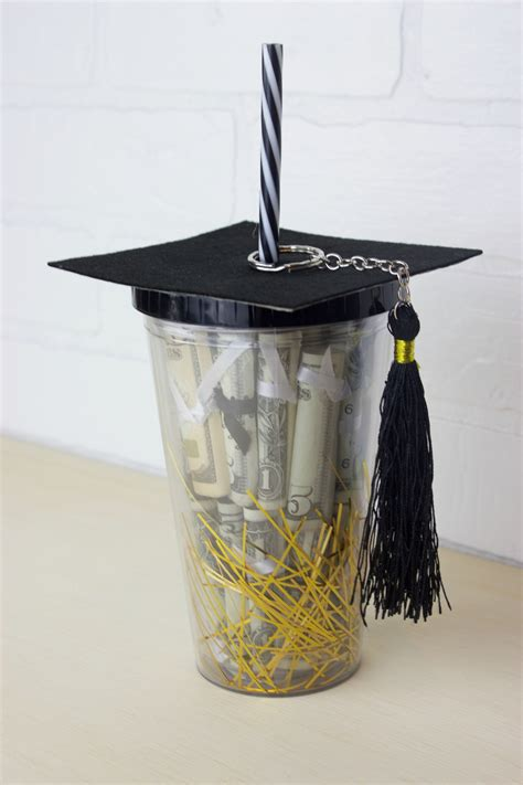 Graduation Gifts by Diy Graduation Gift In A Cup