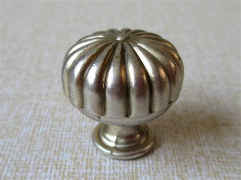 Small Knobs by Small Cabinet Knobs Dresser Knob Drawer Knobs By Lynnshardware