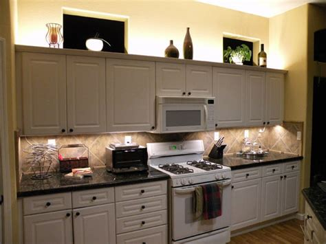 over cabinet lighting using led modules or led strip