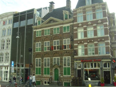 rembrandt house museum file rembrandt house museum amsterdam jpg wikimedia commons