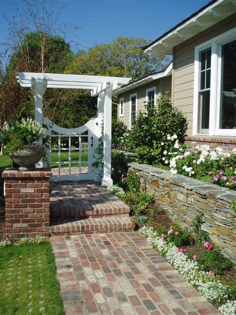 Landscape Rock Santa Ca Traditional Cottage Garden Rancho Santa Fe Landscape Brick