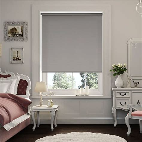 roller blinds bedroom 25 best ideas about white roller blinds on pinterest