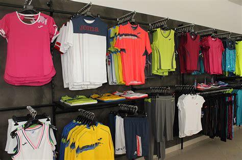 arredamento negozio sportivo arredamento negozio abbigliamento arredo negozi vestiti
