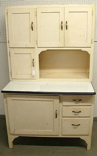 The Country Farm Home: I'll Take a Hoosier Cabinet, Please