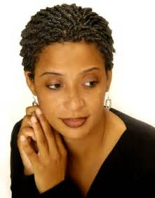 black comb hairstyle 2 strand twists with flat twists on natural hair