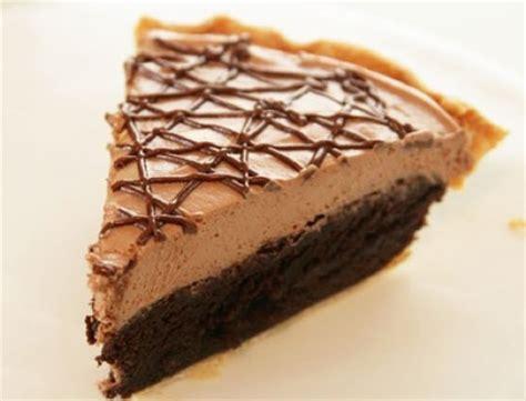 decorar tartas facil una tarta muy f 225 cil de nutella y brownies pequerecetas