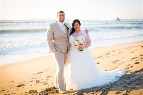 Kristy's Perfect Beach Wedding on Imperial Beach   Strut