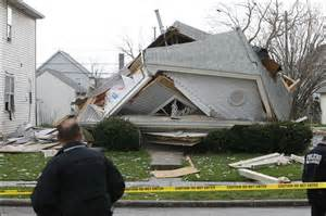 To The House Crews Respond To Collapsed House In Toledo Toledo