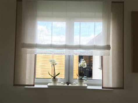 Gardinen Ideen Gro E Fenster by Taupe Mit Wei 223 Und Spitze Gardinen Store Gro 223 E