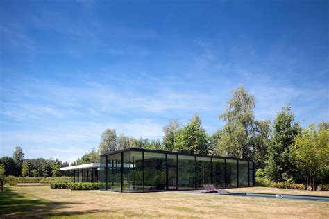 ultra modern glass house architecture modern design by moderndesign org