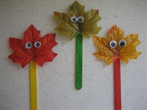 crafts on leaf free printable happy home