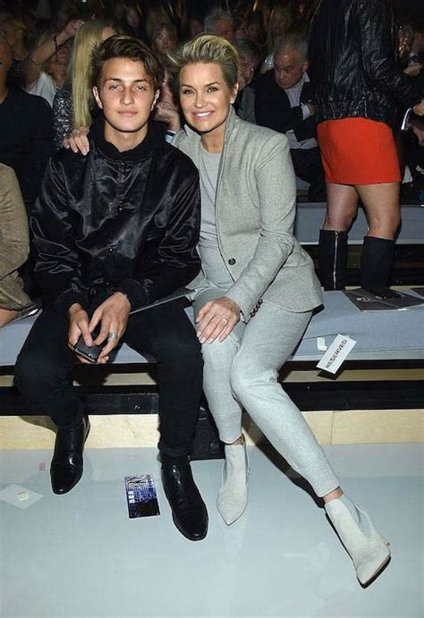 how tall is yoland foster anwar hadid height weight body statistics healthy celeb