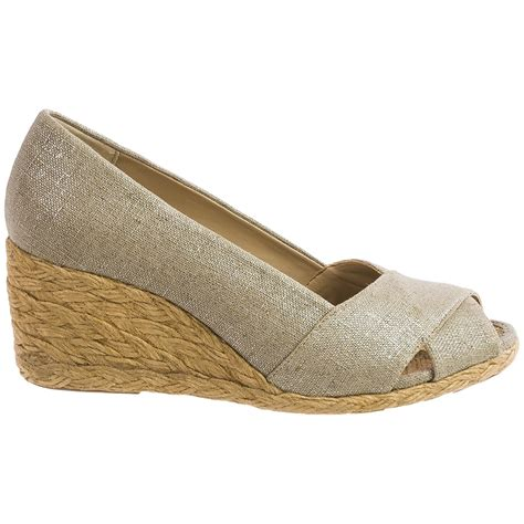 adrienne vittadini sandals adrienne vittadini bailee wedge shoes for save 68