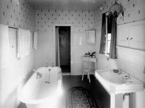 1920s bathtub 1000 ideas about 1920s bathroom on pinterest bathroom