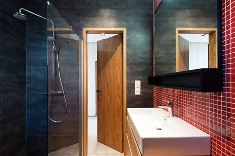 wandbelag bad statt fliesen wandfliesen im badezimmer ihren passenden wandbelag finden
