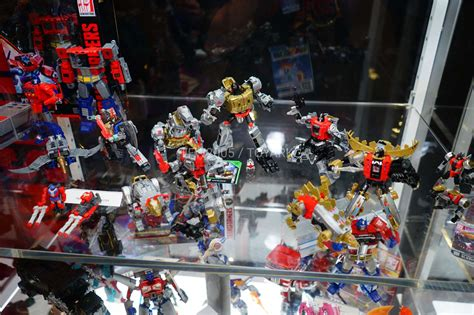 power of the more power of the primes pics from hascon 2017 transformers news tfw2005