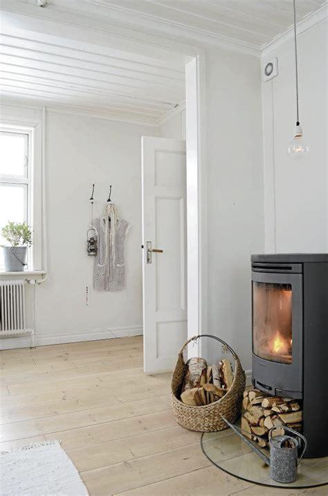 Scandinavian Fireplaces by Best 25 Scandinavian Cottage Ideas On