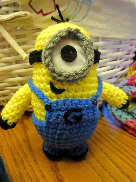 knitting pattern minion despicable me www despicable me minions despicable me minion