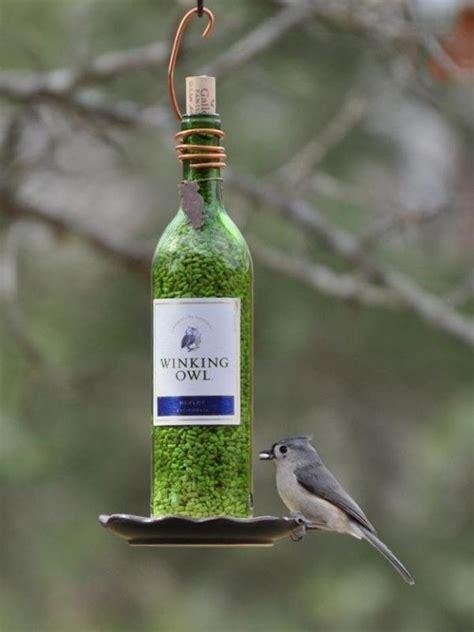 Tempat Makan Burung Dari kreasi yang bisa kamu buat dengan botol bekas zodiac