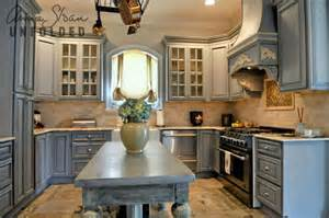 Can U Paint Kitchen Cabinets Can You Use Chalk Paint On Kitchen Cabinets Home