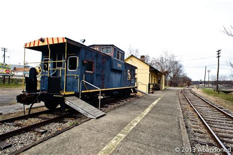 hocking valley railway abandoned by sherman cahal