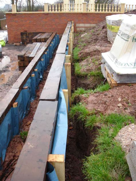 Sleeper Retaining Wall Construction by Railway Sleepers