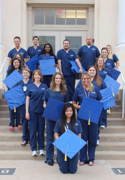 Accelerated Nursing Programs Arizona - nurses graduate from ua college of nursing
