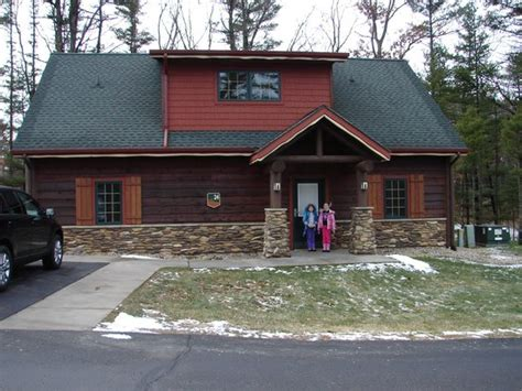 front view of golf course cabin 2011 picture of