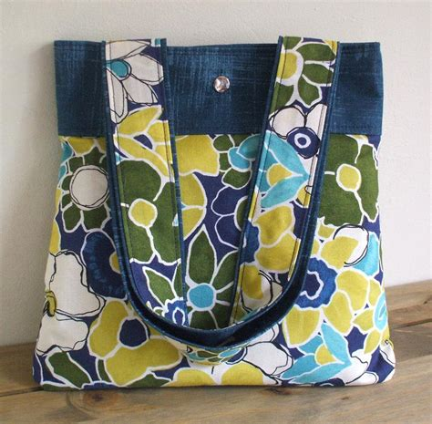How To Make Handmade Tote Bags - how to make bag handles sewing tips and tutorial