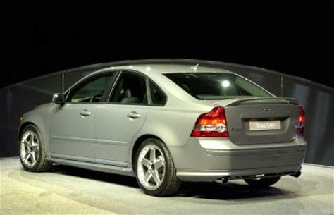 2005 volvo s40 t5 awd review