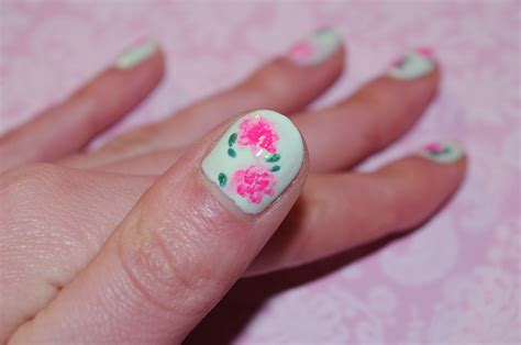 nail art tutorial uk flower nail art tutorial nail lacquer uk