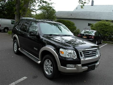 how cars work for dummies 2006 ford explorer interior lighting ford explorer 2006 in bellmore long island queens ny gt motor cars inc 1235
