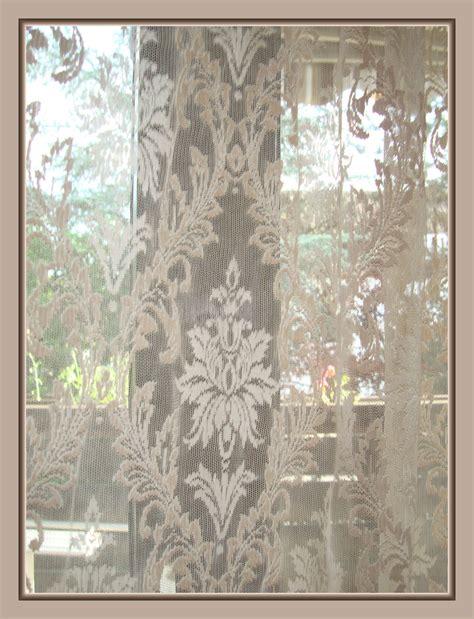 gardinen aufhangen welche seite romantisch elegantes barock gardinen set muschelbogen