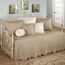 Chenille Duvet Cover Adorable Bedding For Daybeds Homesfeed