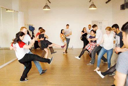 swing dance glasgow lindy hop charleston collegiate shag dance classes