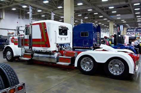The Great American Dallas 17 Best Images About Rigs On Tow Truck Semi Trucks And Peterbilt 379