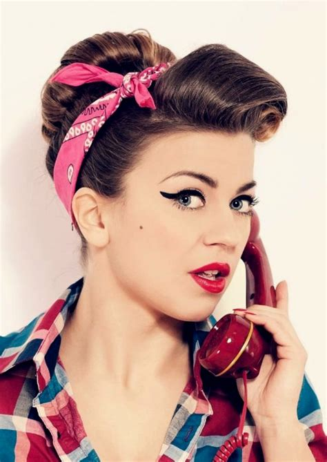 fifties hairstyle 50s hairstyles curly hair hairstyles ideas