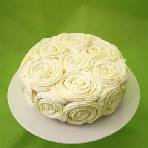 como decorar pasteles con rosas rosas de mantequilla para decorar pasteles