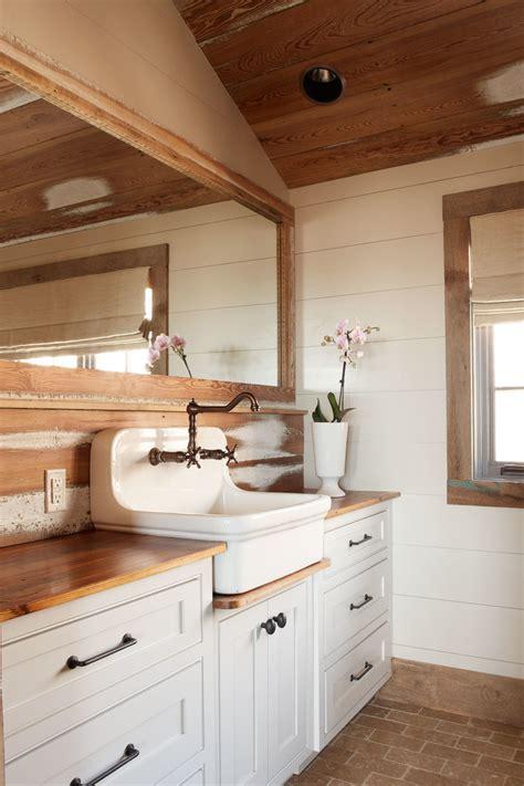 Farmhouse sink vanity bathroom craftsman with basket lights board and beeyoutifullife com