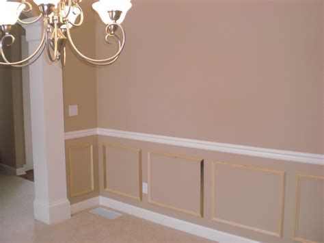 Diy Wainscoting Ideas by Tips For The 40ish Diy Wainscoting