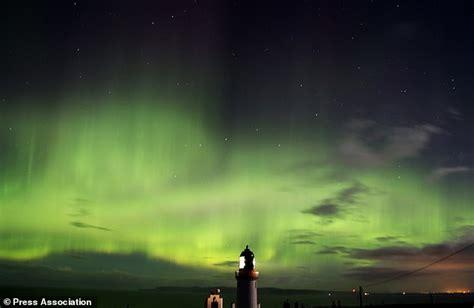 northern lights forecast tonight northern lights put on dazzling display in uk tonight
