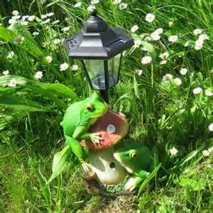frog solar lights solar croaking frog lights