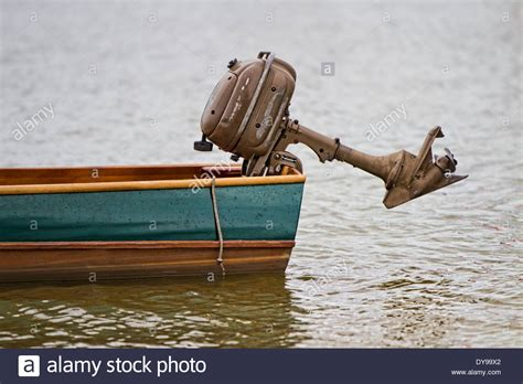 stern outboard boat stern on wooden boat stock photos stern on wooden boat
